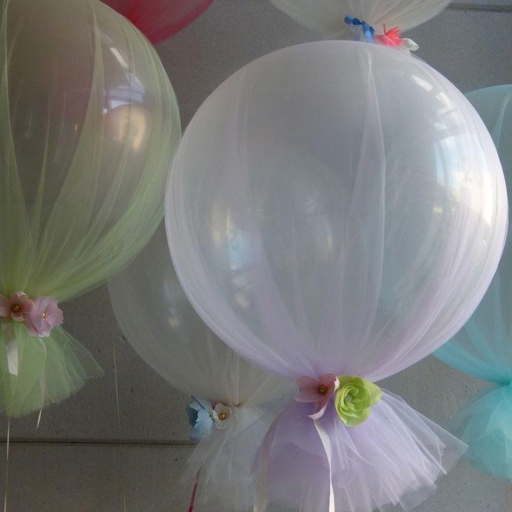 Decoraciones con globos y tul para tu fiesta tematica - Adornos con globos para fiestas ...